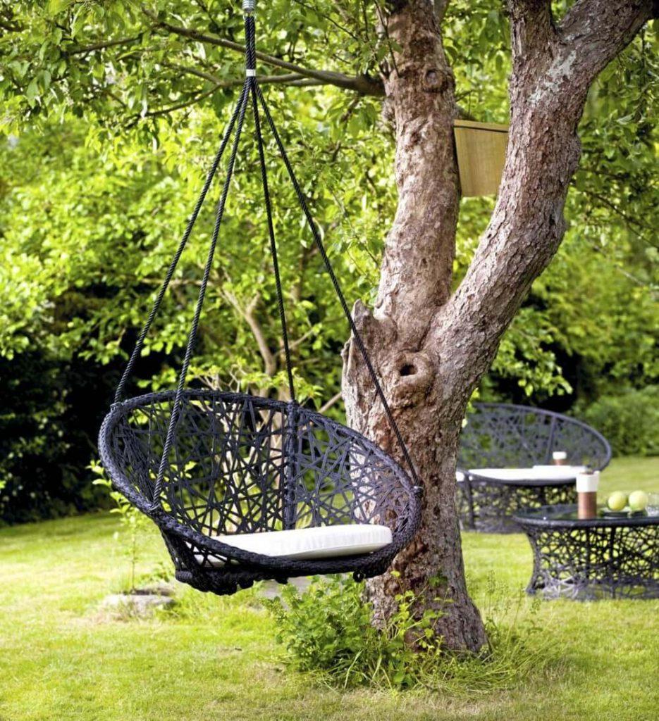 Плетеные садовые кресла